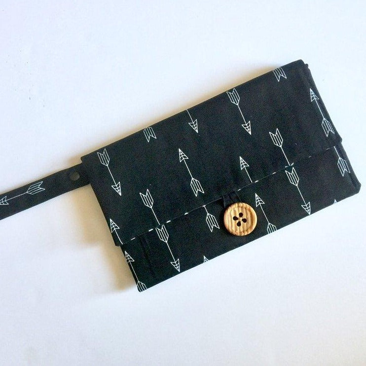Nappy Wallet with Mat - Black with White Arrows