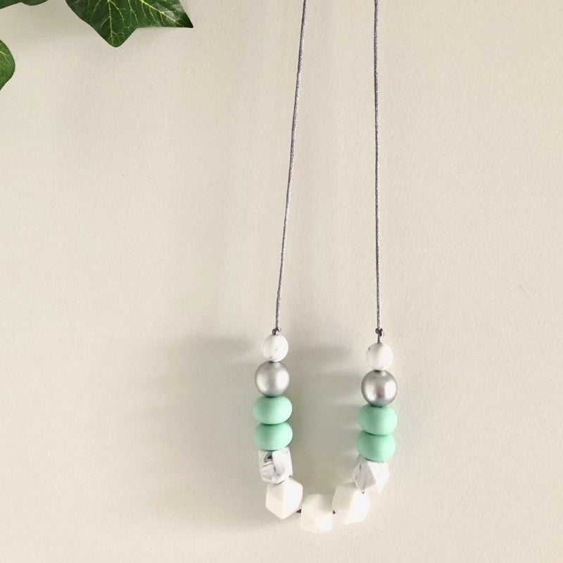 Mummy Necklace - Chloe Mint