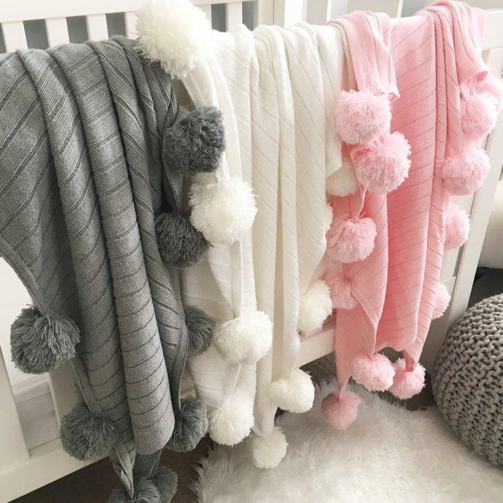 Pom Pom Blankets (4 WEEKS TURNAROUND TIME)