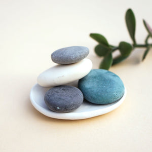 4 Handmade Big Pebble Soaps with Porcelain Soap Dish Set