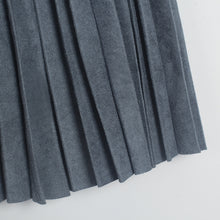 Load image into Gallery viewer, Pleated Midi Skirt