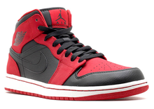 Load image into Gallery viewer, Jordan 1 Mid Bred (2013) Size 11
