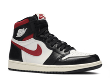 "Load image into Gallery viewer, Air jordan 1 retro high og ""Gym Red"" Size 9.5 US"