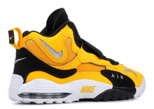 Load image into Gallery viewer, Nike Air Max Speed Turf Steelers Size 11 US