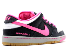 Load image into Gallery viewer, Nike Dunk SB Low Disposable (2014) Size 11 US