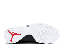 Load image into Gallery viewer, Jordan 9 Retro Low Snakeskin Size 9 US
