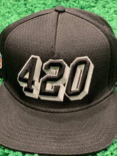 Load image into Gallery viewer, 420 Snapback Cap