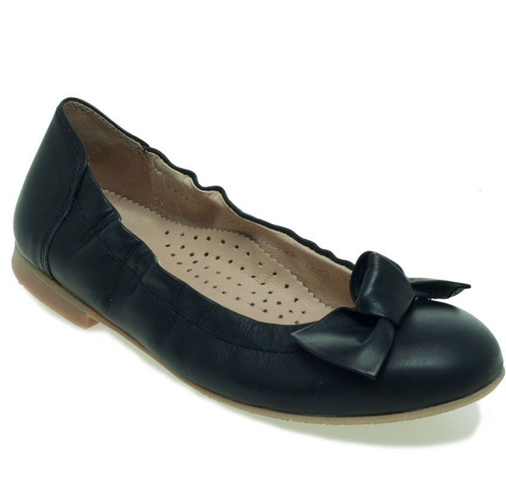 Petasil School Shoes, Luana Black Leather