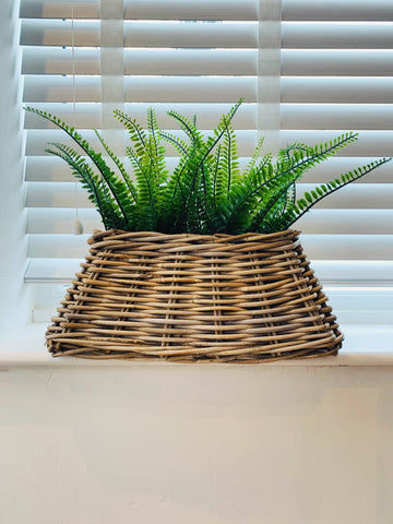 Kubu Wicker Lined Planter