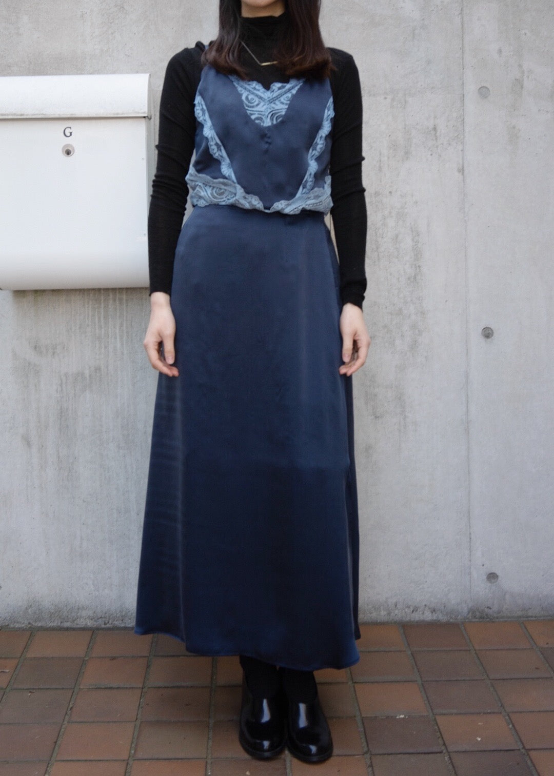 silk satin Lucie camisole [Navy×Blue]