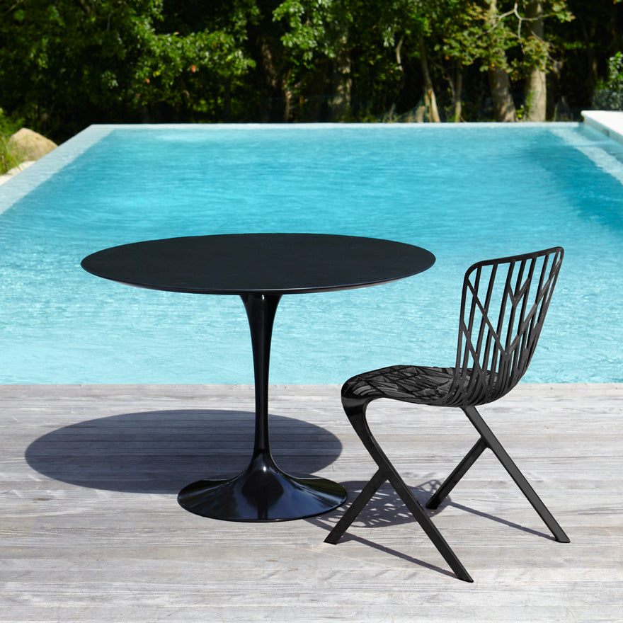 "Saarinen Outdoor 42"" Dining Table Vetro Bianco Top"