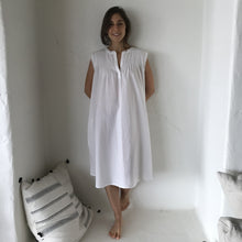Load image into Gallery viewer, cotton pleated short nightie