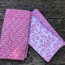 Load image into Gallery viewer, 4 x lotus block print cotton napkin pink and white