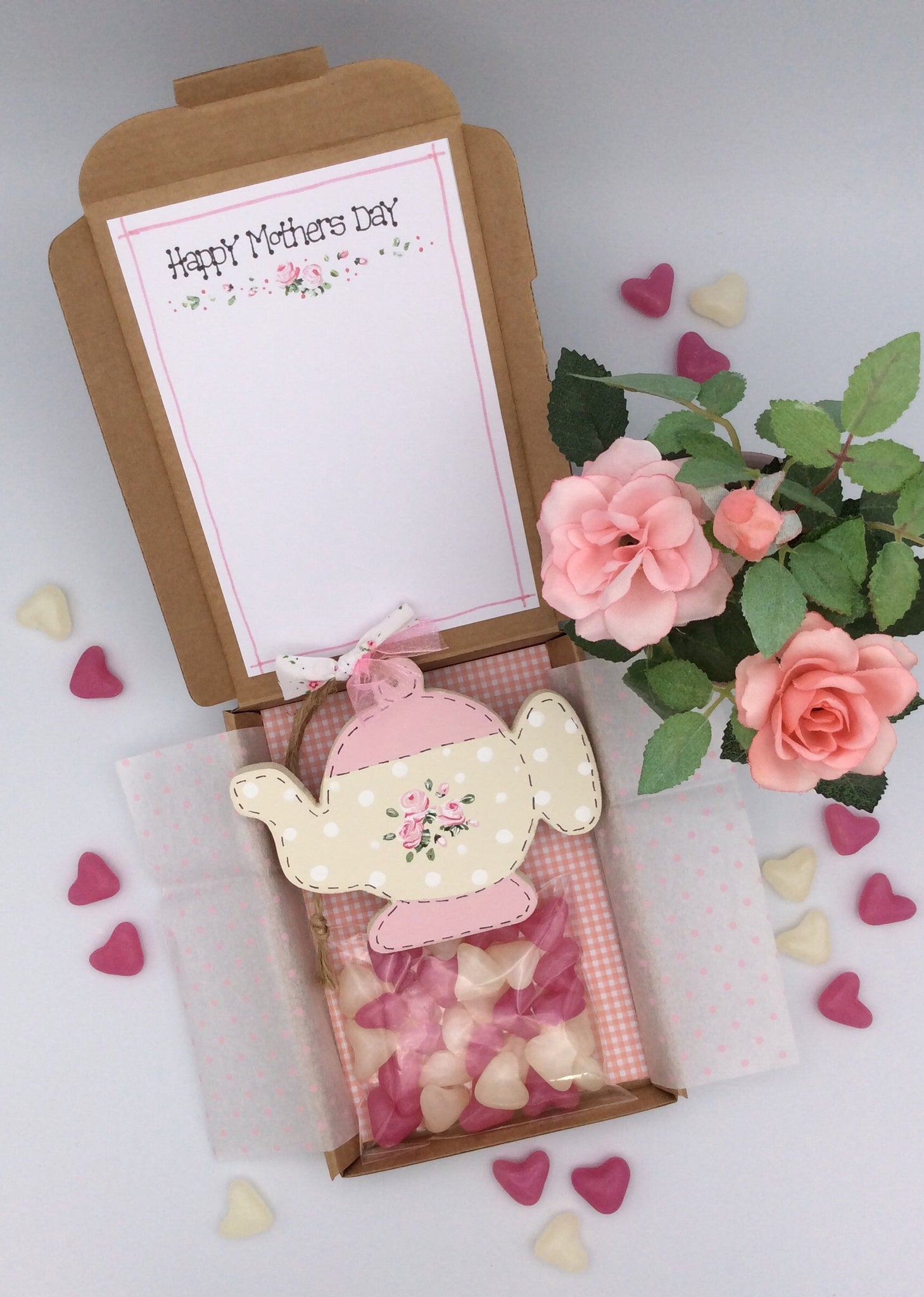 Teapot  and sweets gift box