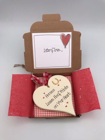 Horses leave hoof prints keepsake card and gift box