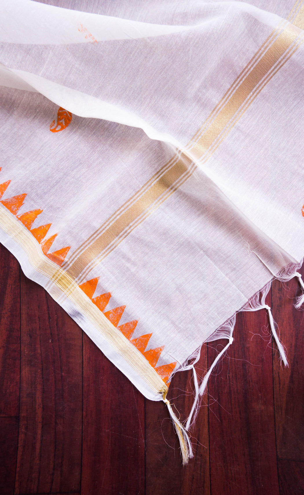 tassels on chanderi dupatta
