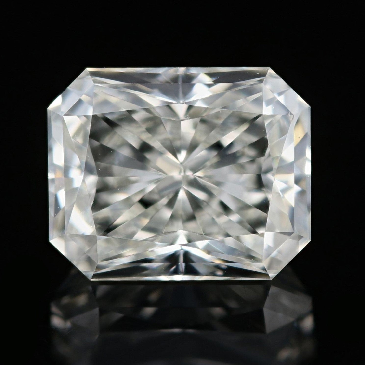 2.01ct Loose Diamond Radiant GIA
