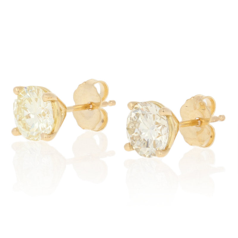 2.26ctw Diamond Earrings Yellow Gold