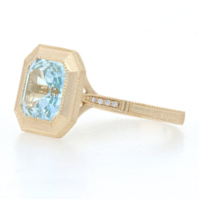 2.68ct Blue Topaz & Diamond Ring Yellow Gold