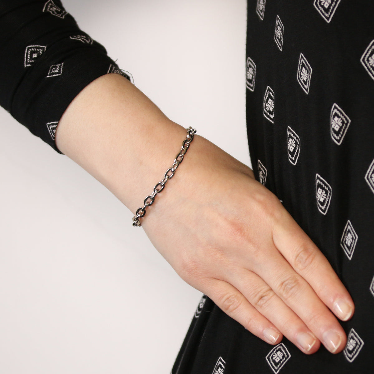 Cable Chain Bracelet White Gold