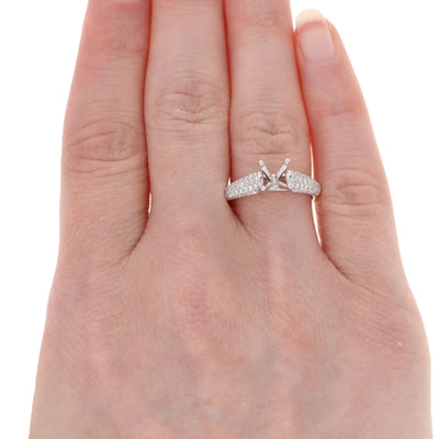 Semi-Mount Solitaire Engagement Ring White Gold