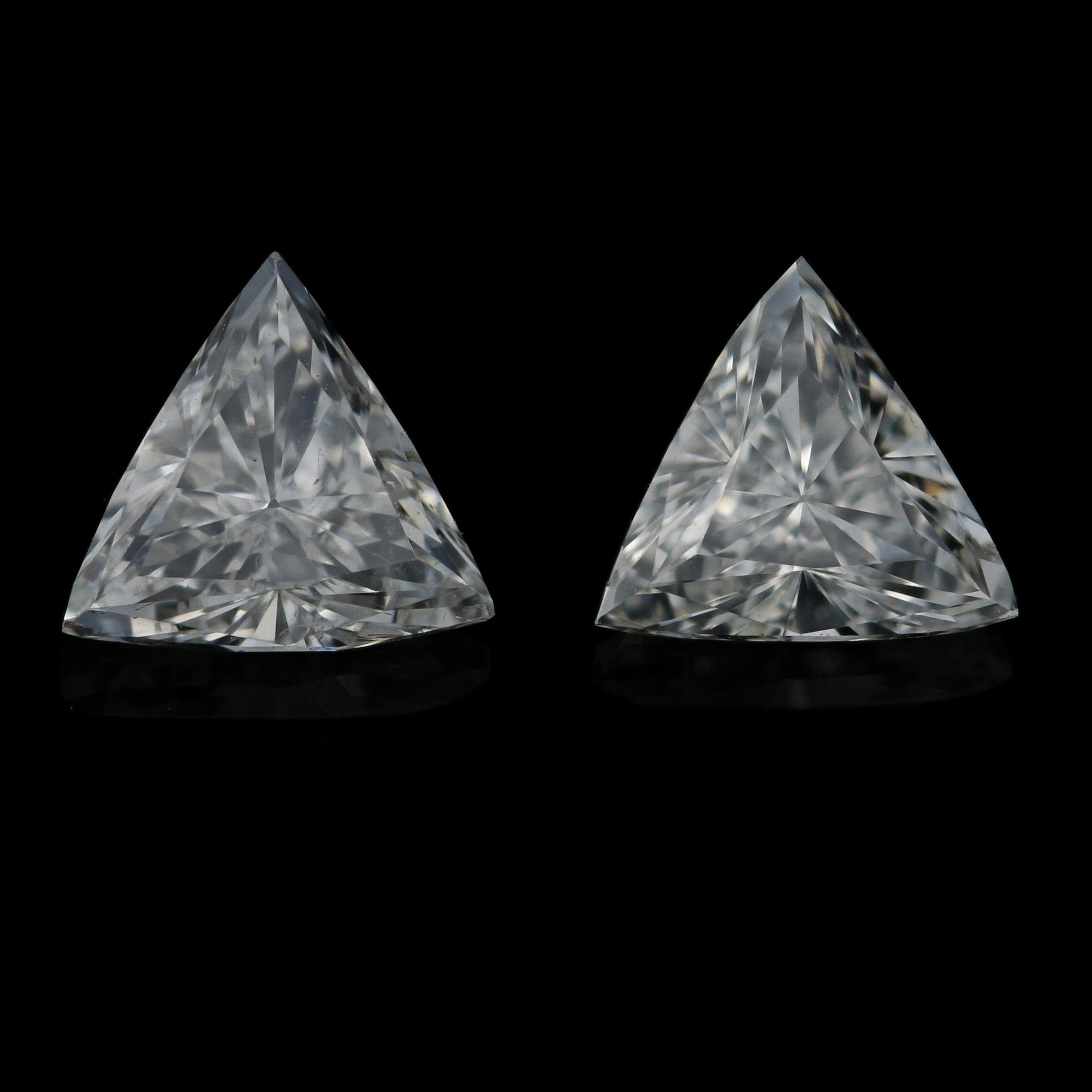 .95ctw Set of 2 Loose Diamonds Trillion