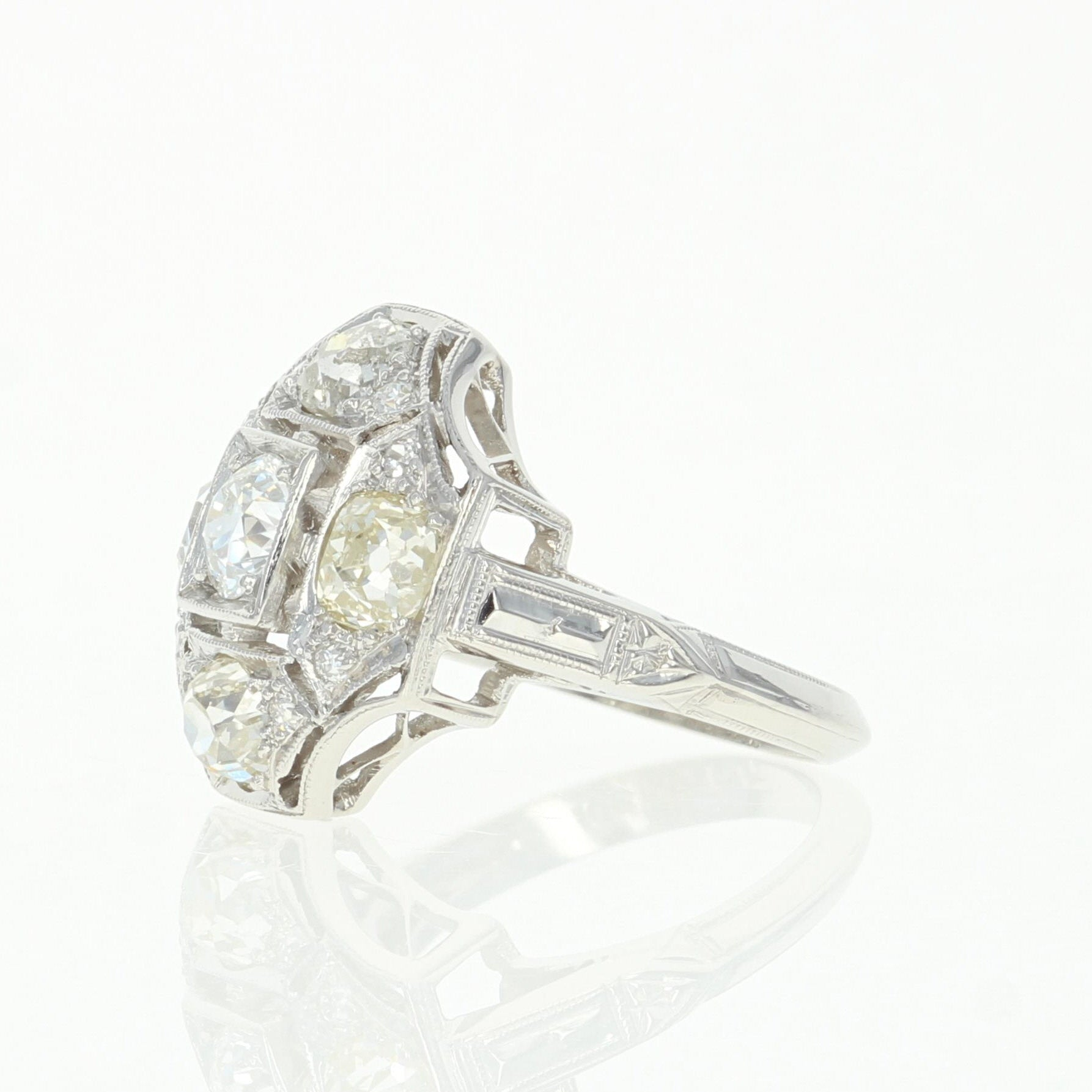 1.58ctw Diamond Art Deco Ring Platinum