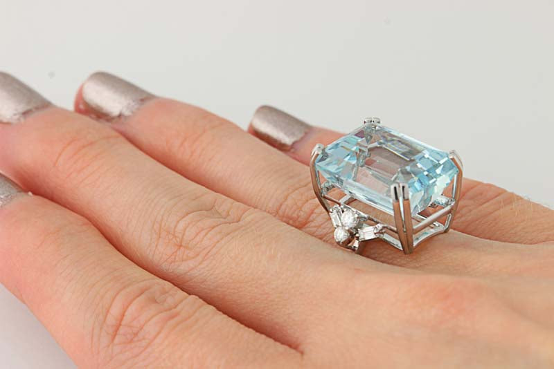 19.94ct Aquamarine & Diamond Cocktail Ring