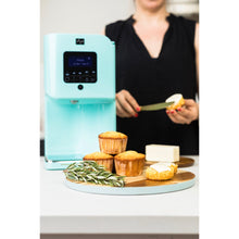 Load image into Gallery viewer, Levo 2 Oil Infuser Robin Blue Lifestyle