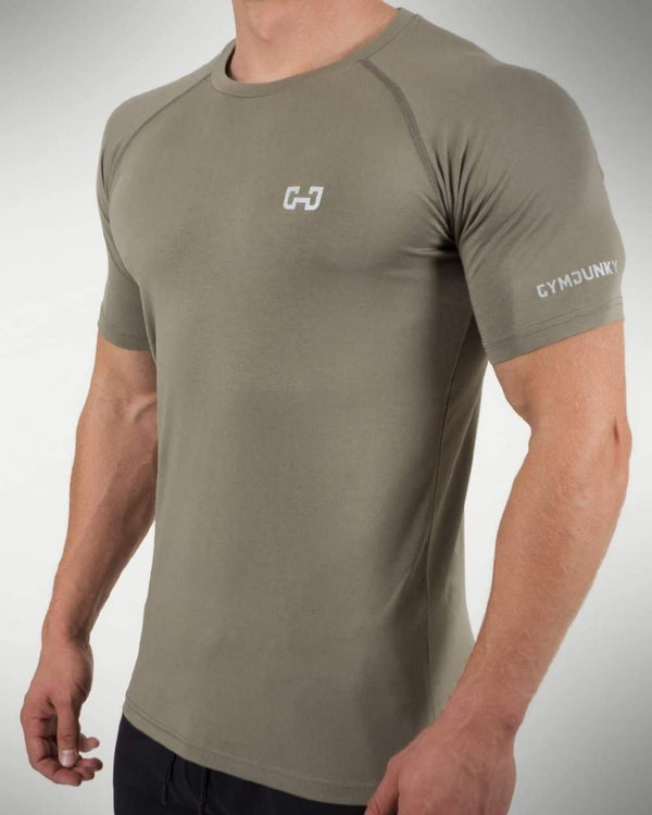 Gymjunky Aero Shirt Military Green
