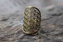 Load image into Gallery viewer, SACRED GEOMETRY RING
