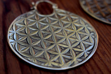 Load image into Gallery viewer, FLOWER OF LIFE EARINGS