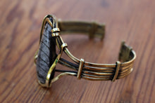 Load image into Gallery viewer, BRASS BRACELET