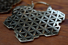 Load image into Gallery viewer, BIG FLOWER OF LIFE EARRINGS
