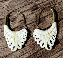 Load image into Gallery viewer, WHITE BONE EARRINGS