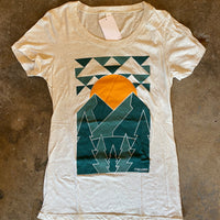 ASCEND Mountain Peaks Graphic Logo T-Shirt