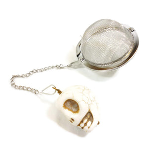 Tea Infuser with Ivory Skull Charm
