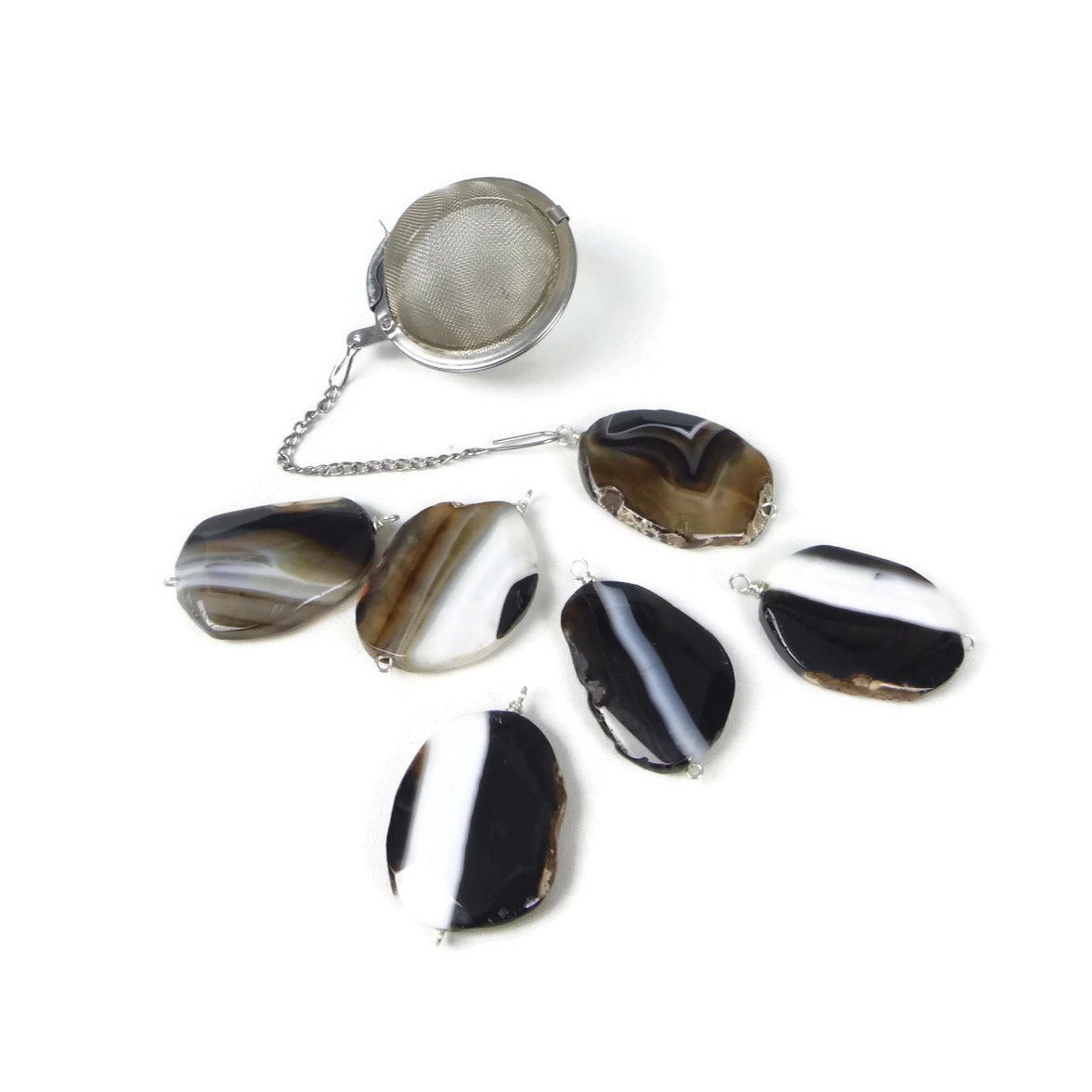 Tea Infuser with Brown, Black and White Agate Charm