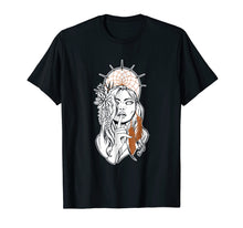 Load image into Gallery viewer, Dreamcatcher Woman T-Shirt