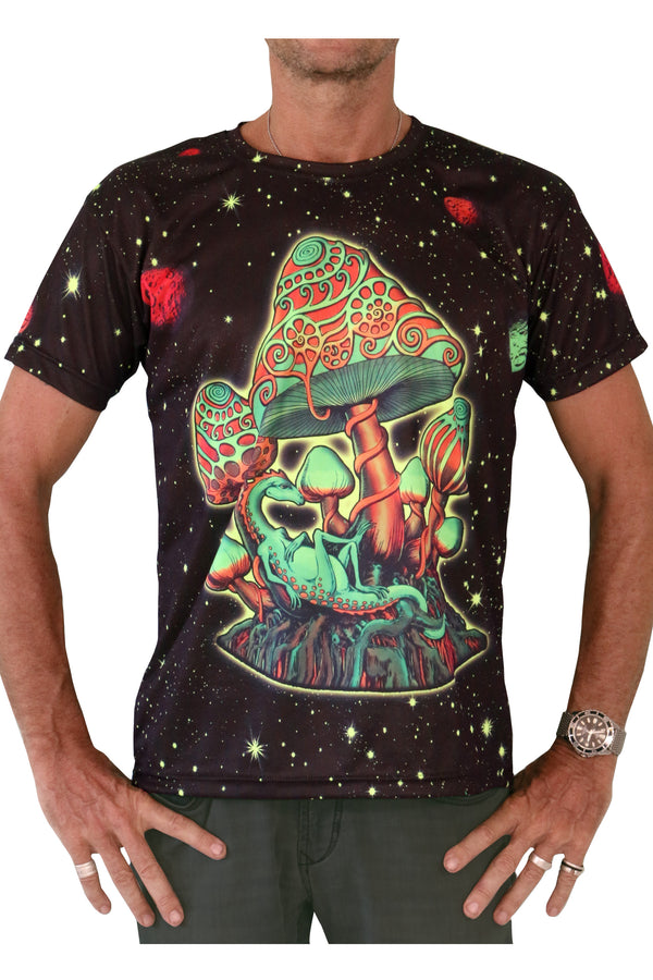 UV Sublime S/S T : Cosmic Shrooms UV