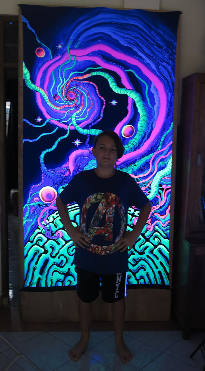 UV Wallhanging : Synaptic Spiral