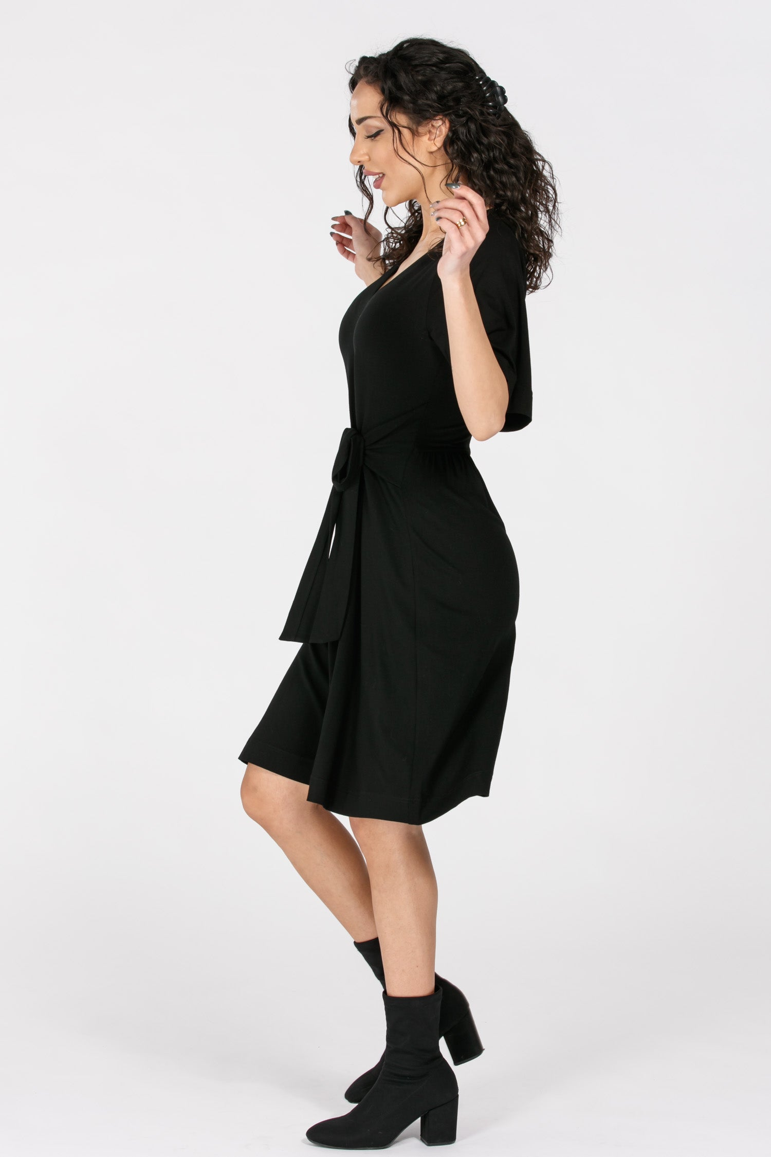 Flawless tie in front jersey dress - Solid black