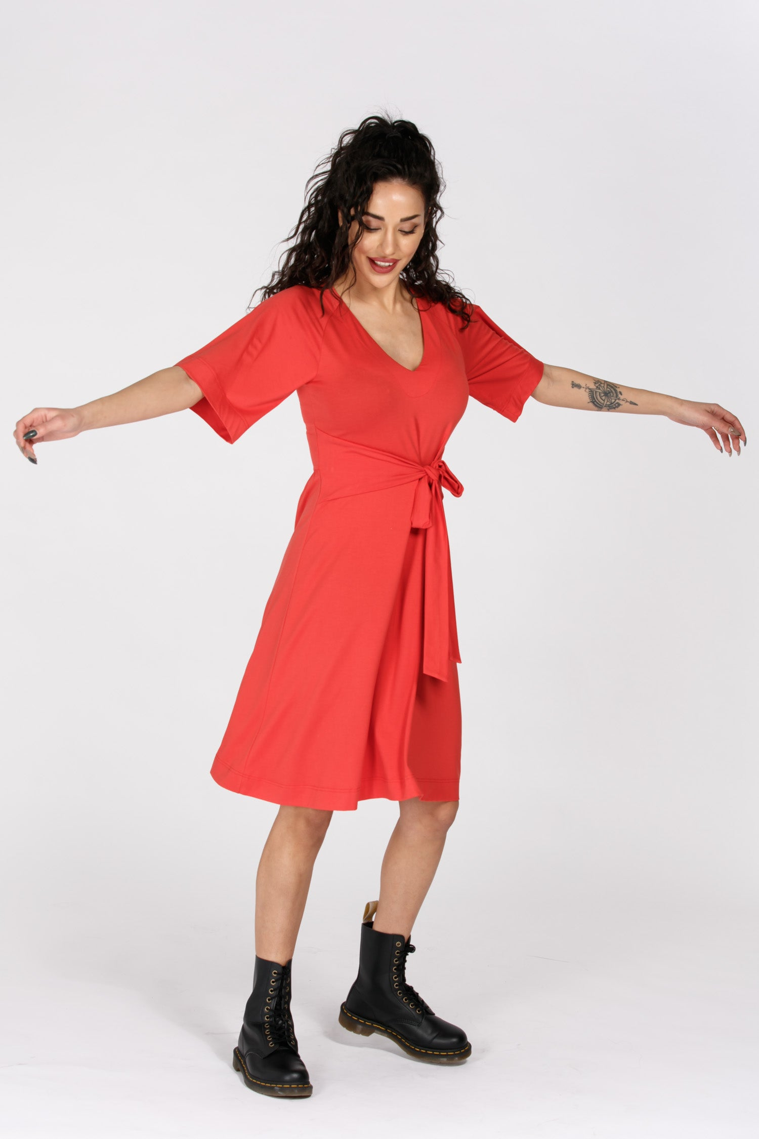 Flawless tie in front jersey dress - Rasberry red