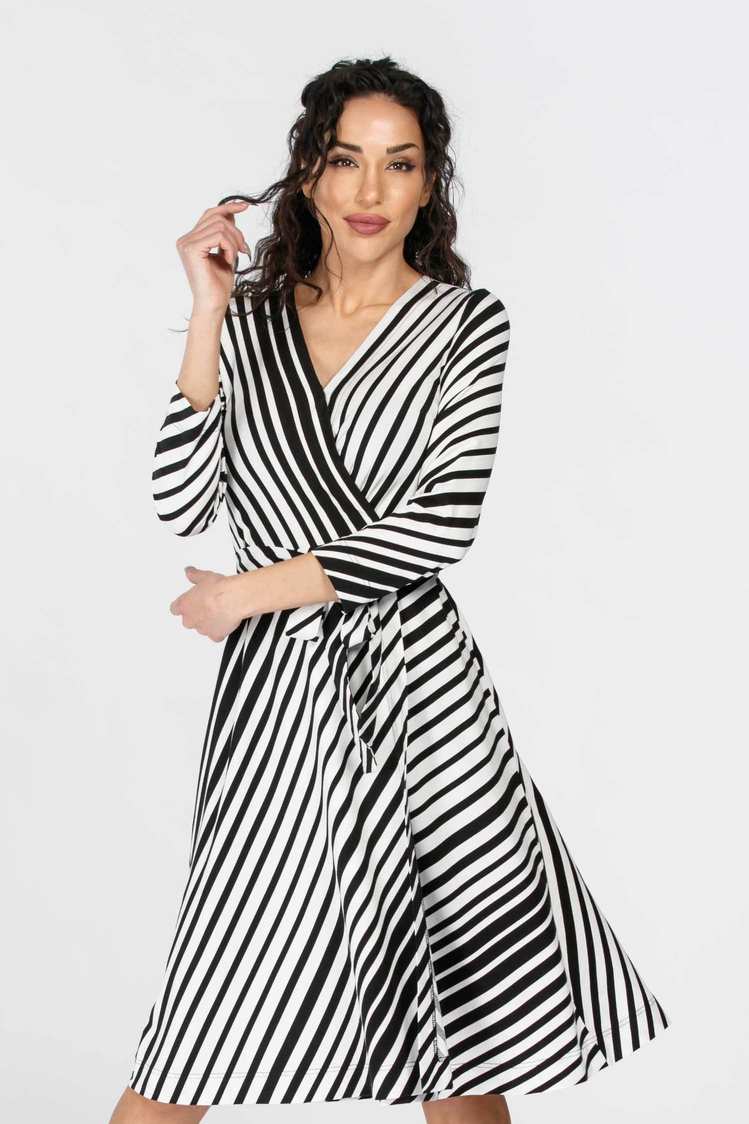 Sassy stripe jersey wrap dress - Black & White