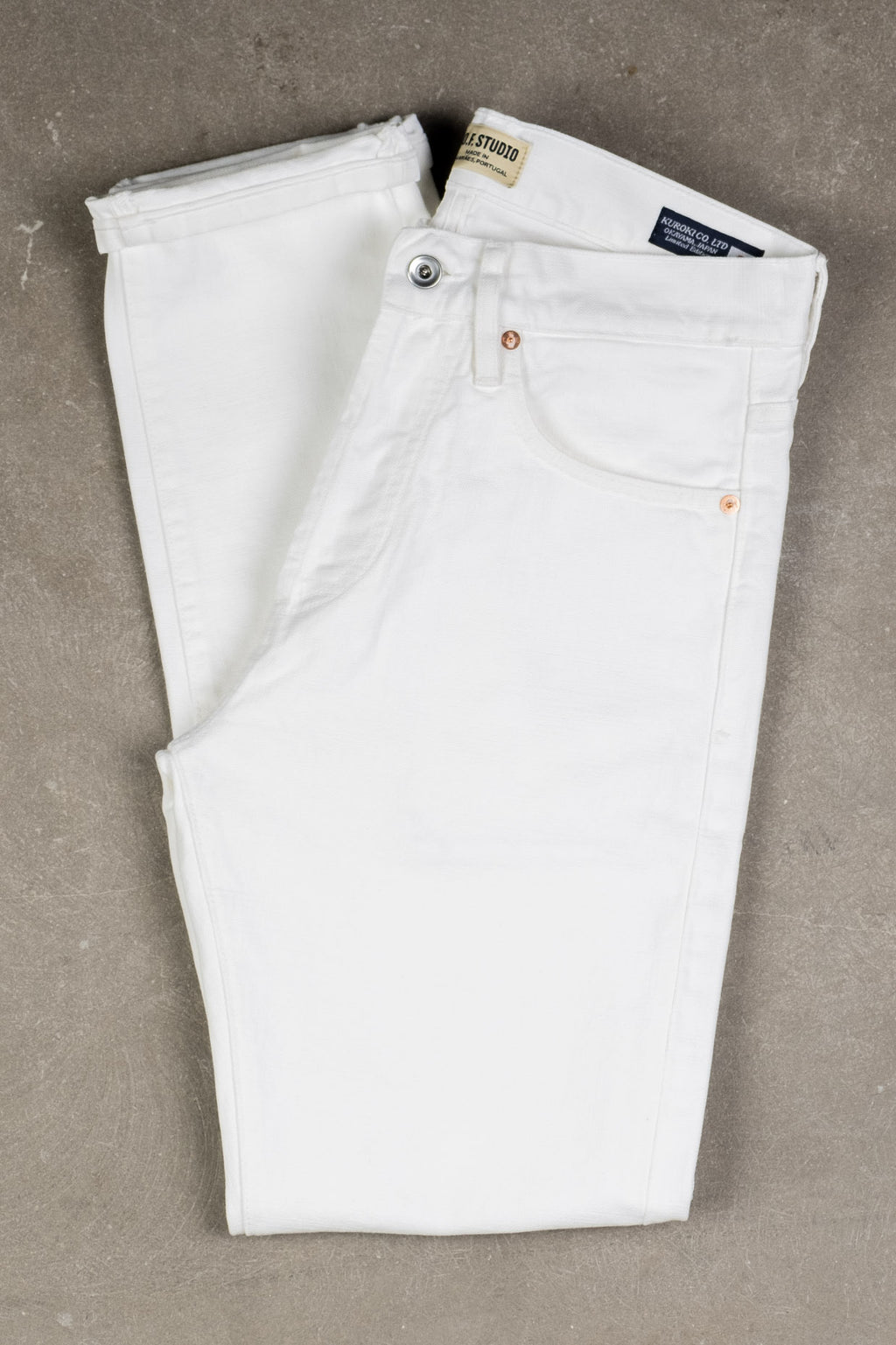 M7 Kuroki Canvas - White