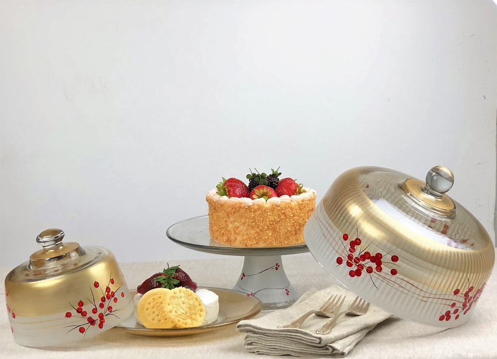 Winter Berries 'n Branches Cake Dome - Golden Hill Studio