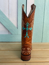 Load image into Gallery viewer, Women's CIRCLE G by CORRAL Square-Toe Embroidered Cowgirl Boot
