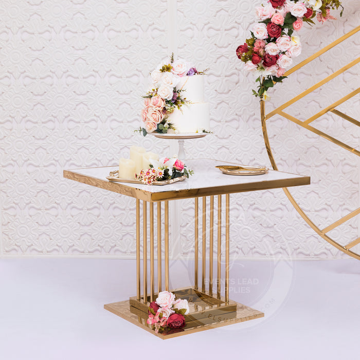 YAVANNA Cake Table