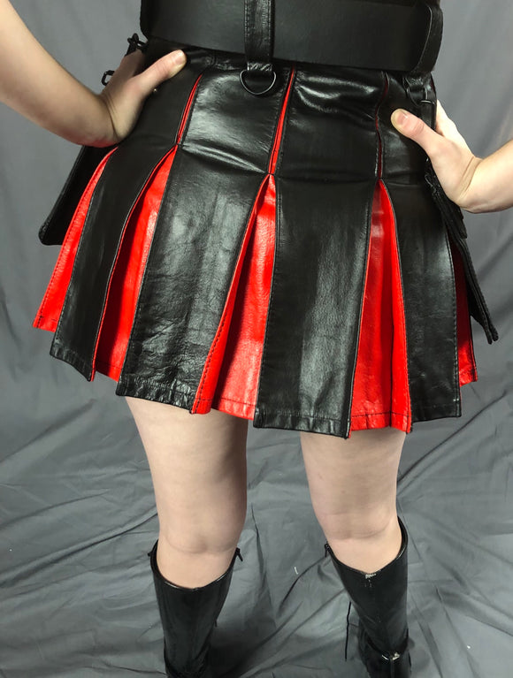 Mini Cowhide Contrast Pleat Kilt Black Red from back