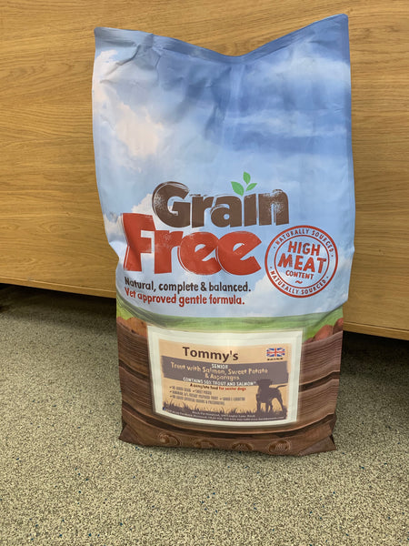 Tommy's Grain Free Complete dry Dog Food Senior Trout